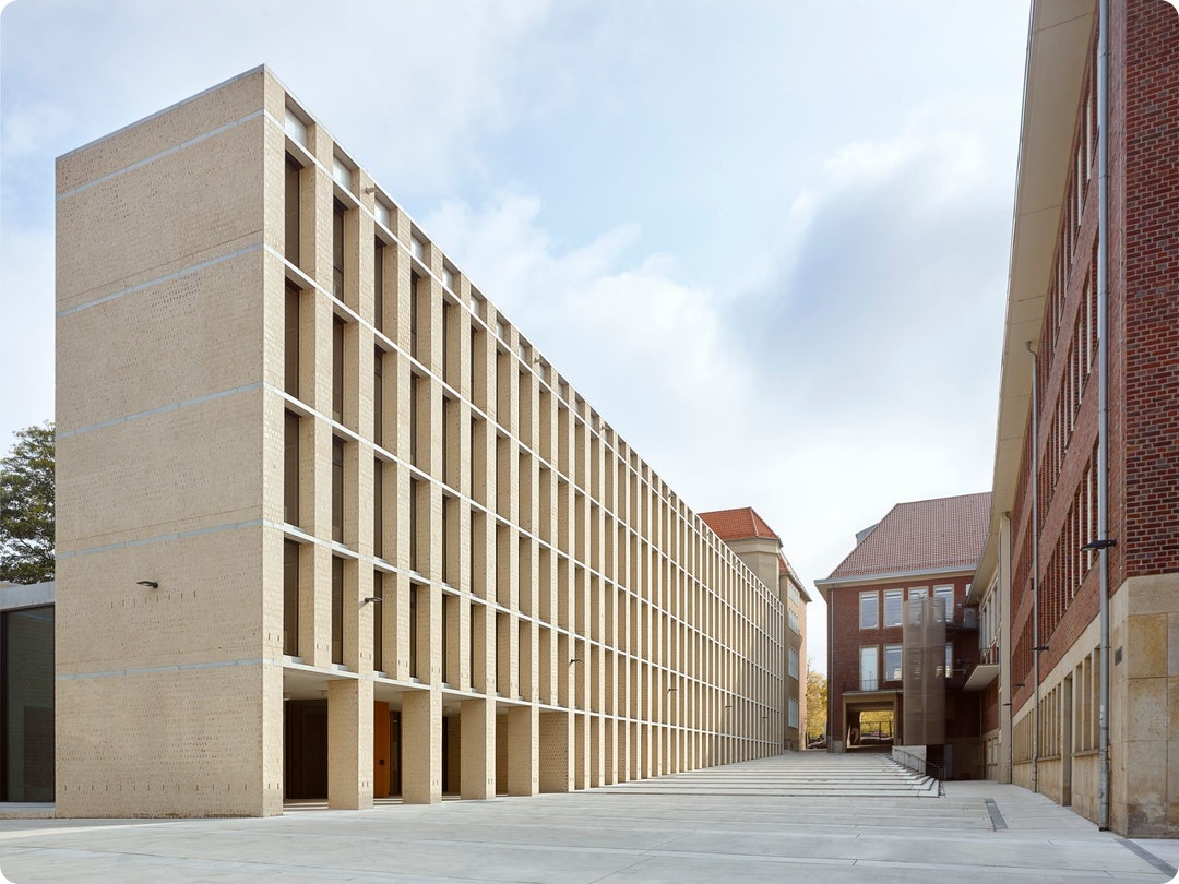 Philosophical Seminar at the Cathedral Square by Peter Böhm Architekten