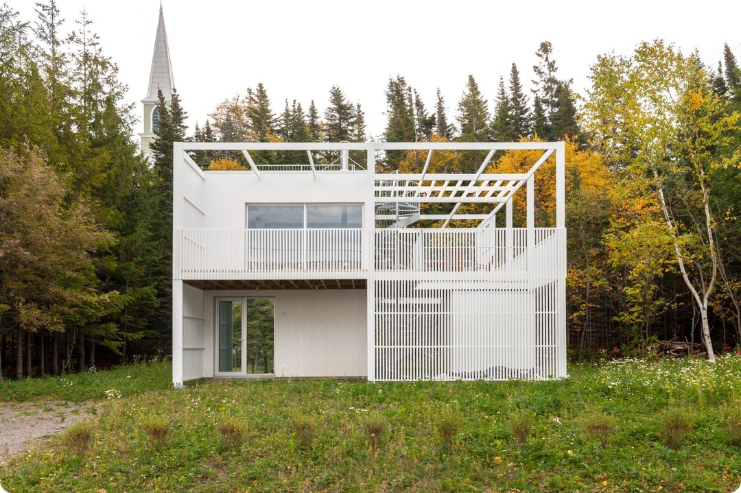 Le Lupin House by Atelier Pierre Thibault